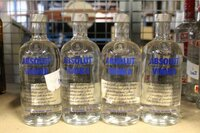 Image 0 of 4 diverse flessen wodka absolut,