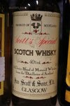 Image 5 of 7 diverse flessen whisky, waaronder jim bean, clay...