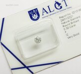 Certified diamond: 0.30ct - 1pcs