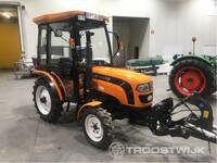 Image 10 of Compact tractor