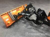 Image 17 of Compact tractor