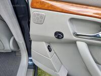Image 13 of Mercedes s320