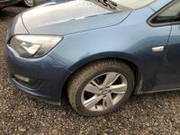 Image 14 of Opel astra - 2012