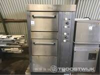 Image 1 of Oven