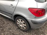 Image 1 of Peugeot 307 - 2001