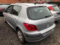 Image 7 of Peugeot 307 - 2001
