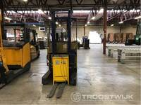 Image 3 of Reach truck